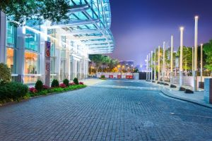 5 Reasons to Revamp Your LED Outdoor Lighting Design